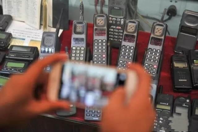 手机拨号键上的*和 键是干嘛用的